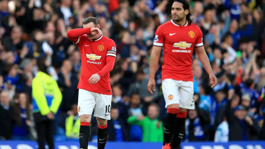 SKUFFENDE: Rooney reagerer etter å ha sett sitt United gå under 1-0 for Chelsea forrige helg.