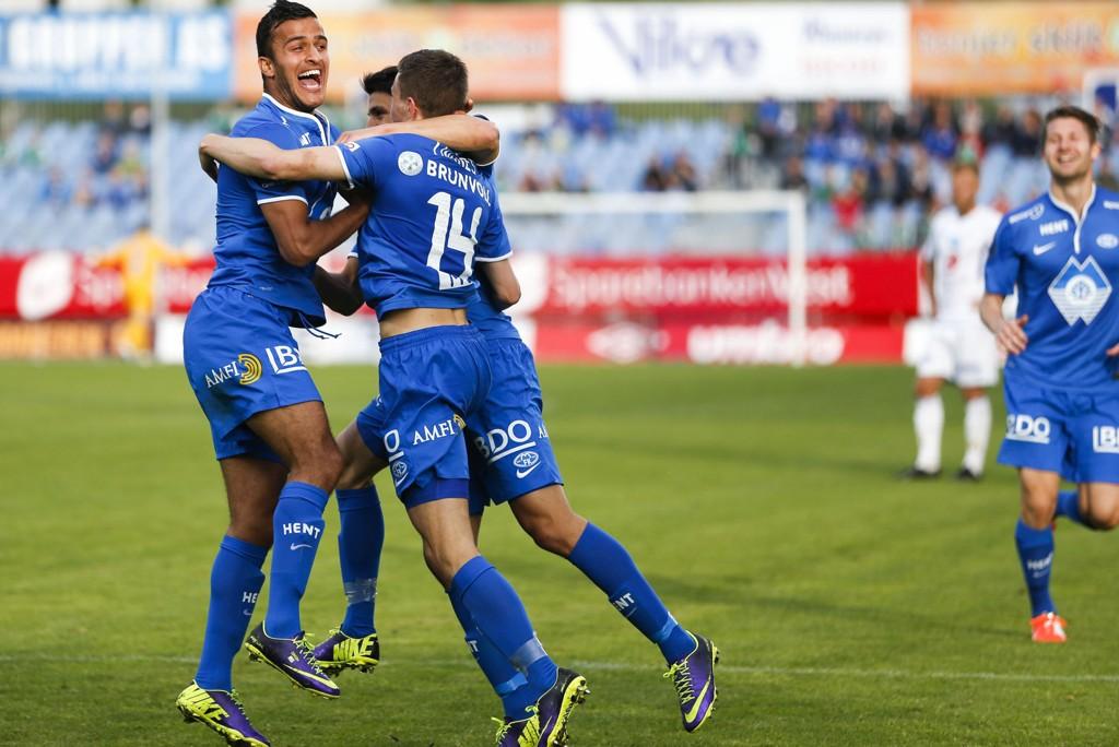 KORTVARIG JUBEL: Moldes jubel over å ha scoret mot Haugesund i fjor ble kortvarig. Kampen endte 1-1.
