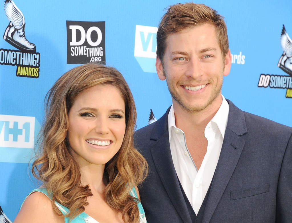 Sophia Bush og Dan Fredinburg på DoSomething.orgs og VH1s Do Something Awards i 2013.