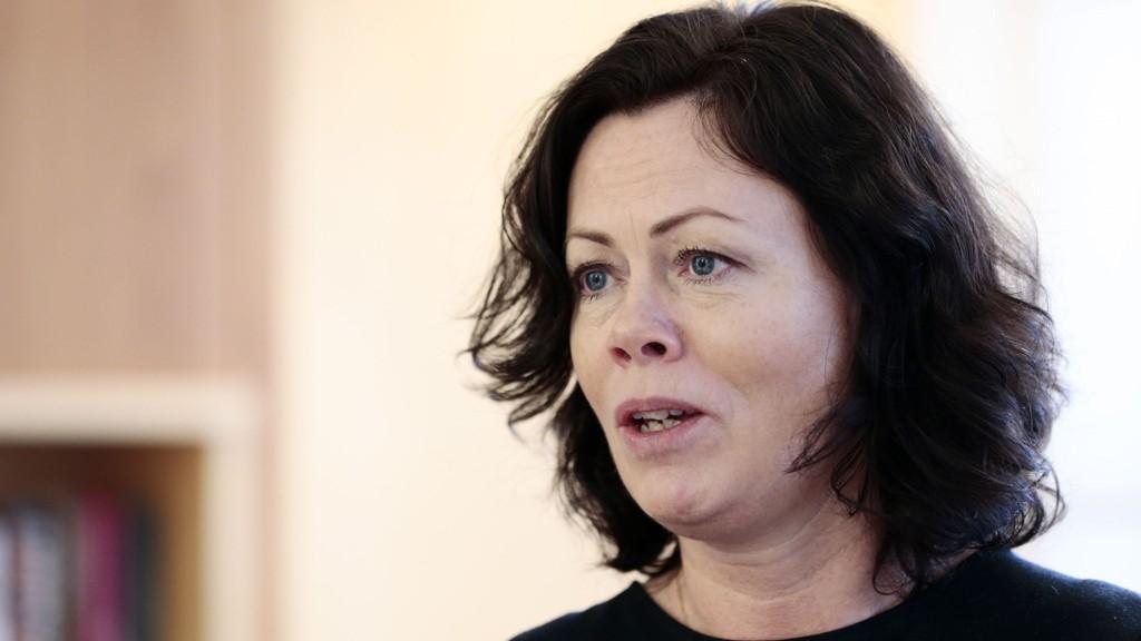 Barne-, likestillings- og inkluderingsminister Solveig Horne (Frp) vil kutte i retten til barnetrygd for foreldre som tar barna ut av skolen i lengre perioder.