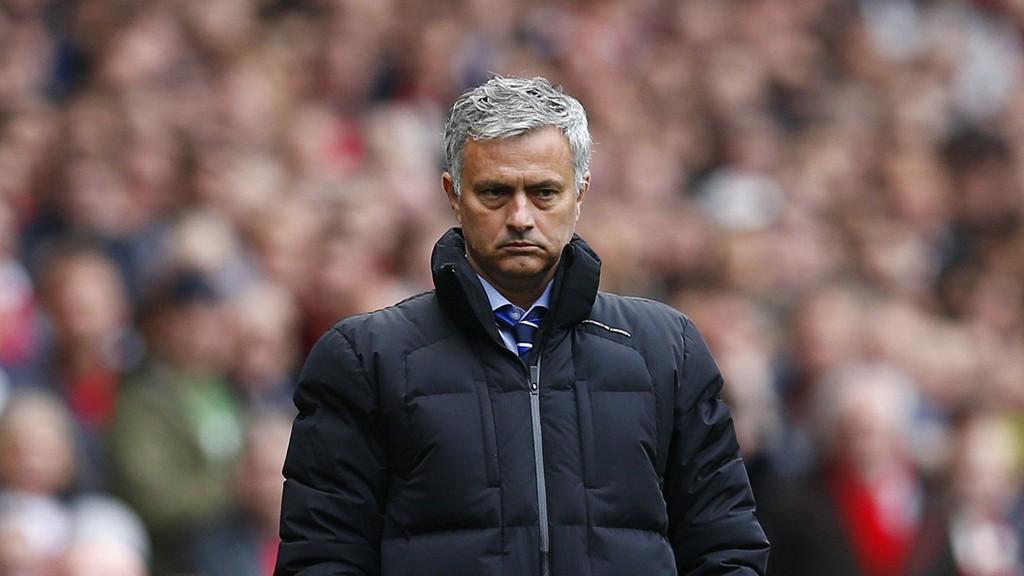 SLÅR TILBAKE: Jose Mourinho er lei å høre at laget hans spiller kjedelig.