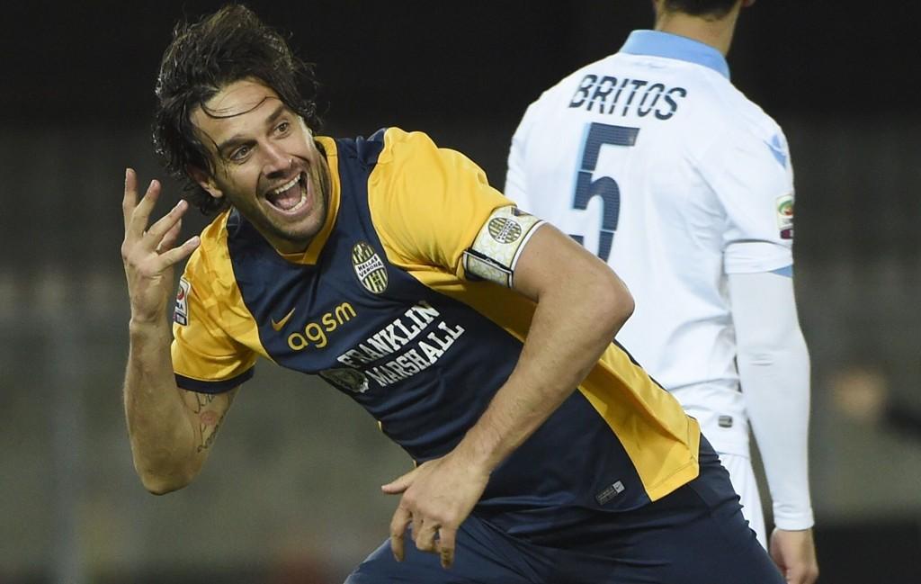RINGREV: Luca Toni bøtter inn mål for tiden.
