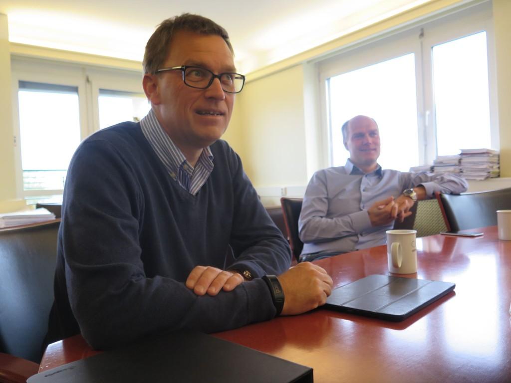 I år omsetter brødrene Kristian (f.v) og Roger Adolfsen (b.h) for over syv milliarder kroner, med en bunnlinje på 600 millioner kroner.