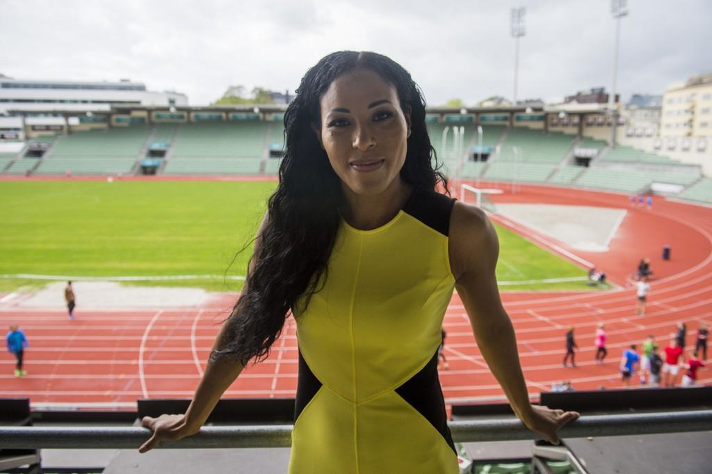 Cecilia Brækhus under et pressetreff på Bislett stadion onsdag ettermiddag.