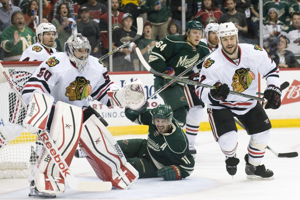 Chicago Blackhawks (i hvitt) kunne torsdag juble for avansement i NHL-sluttspillet.
