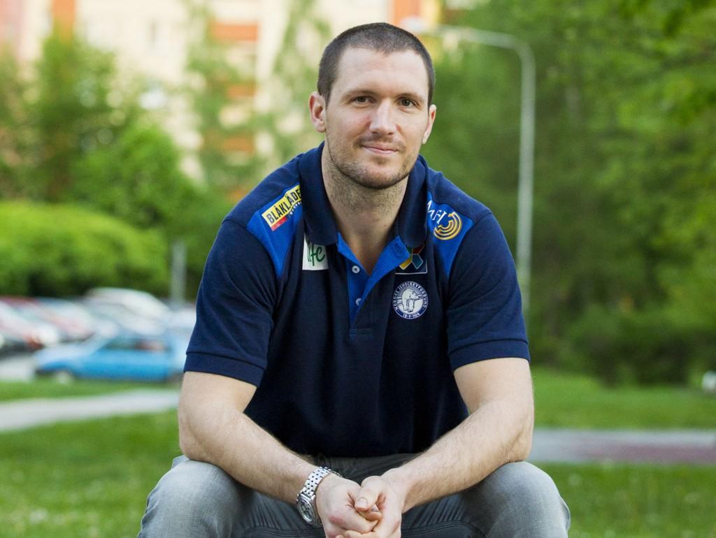 KONTRASTER: Ole-Kristian Tollefsen snakker åpenhjertig ut om stempelet som slåsskjempe, hva han vil gjøre etter endt karriere og hva han er mest stolt over i sin karriere.