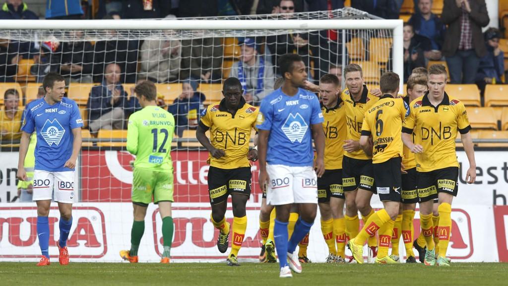 Lillestrøms Erling Knudtzon scoret to raske mål mot Molde på Åråsen.