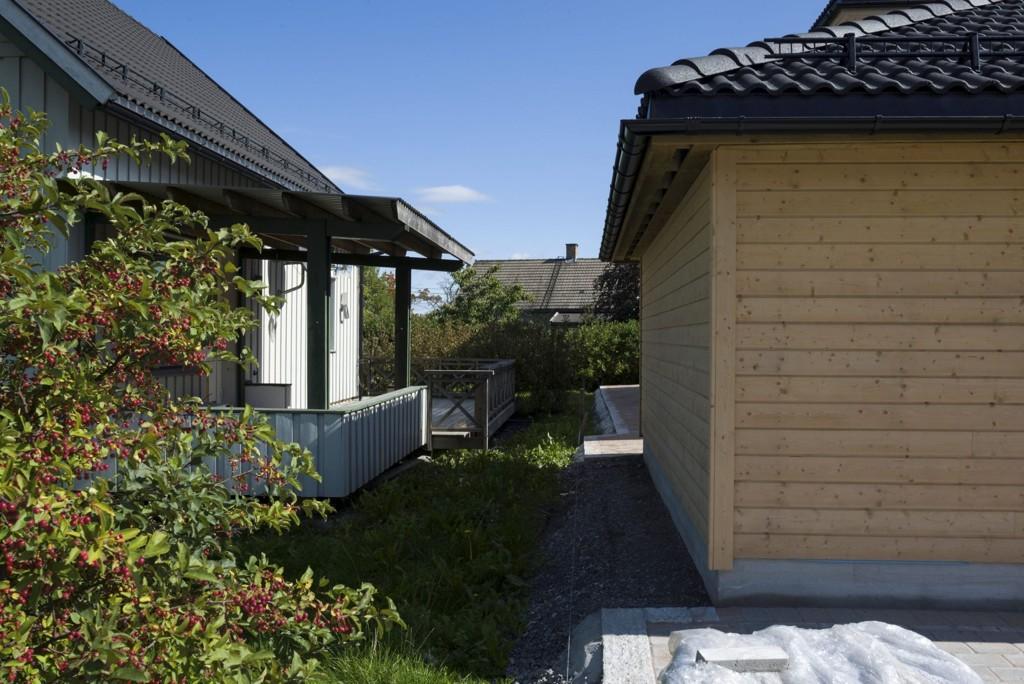 Fra 1. juli kan naboens garasje eller uthus uten forvarsel bygges nesten helt inntil tomtegrensen.