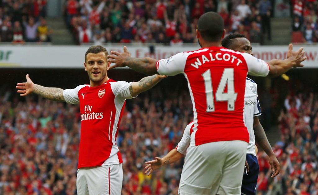 I PRAKTSLAG: Jack Wilshere strålte da Arsenal overkjørte West BromWich i serieavslutningen. Theo Walcott var ikke dårlig, han heller, og noterte seg like godt for tre scoringer i første omgang.
