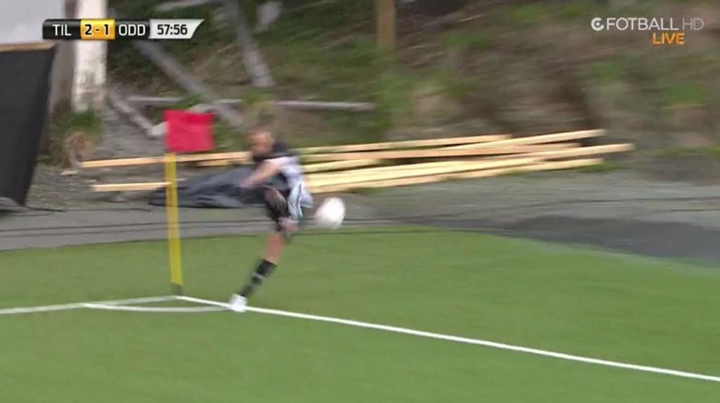 MÅL: Espen Ruud scoret fra dette hjørnesparket.