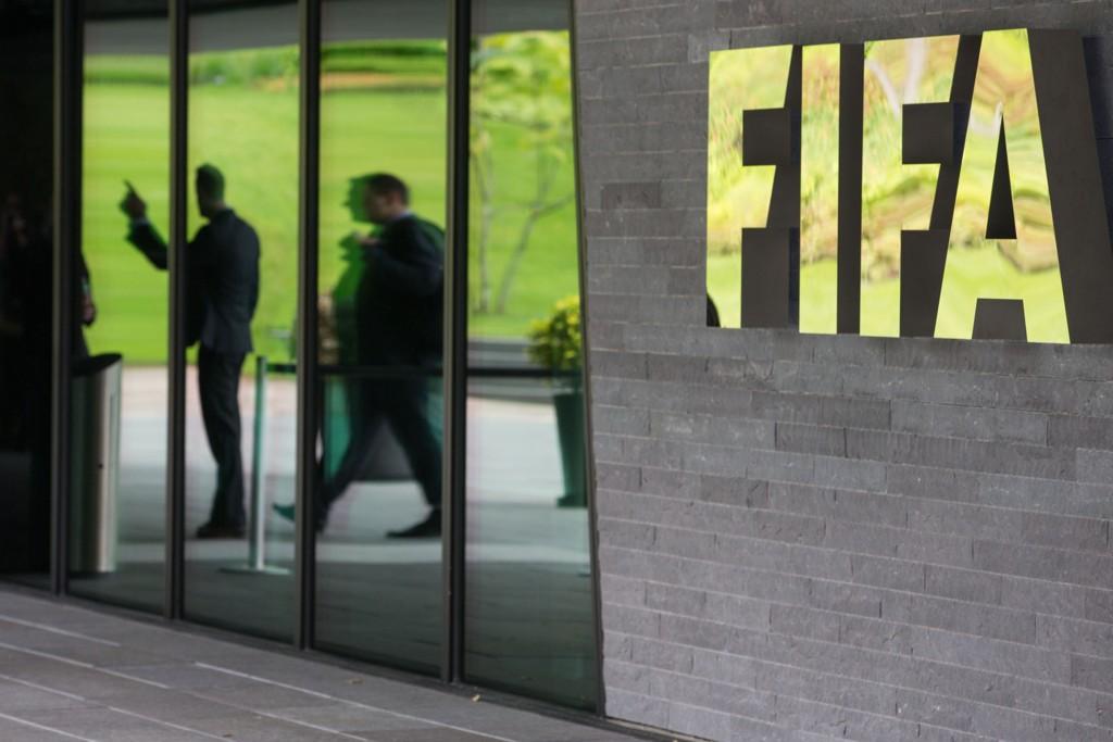 I TRØBBEL: Nå reagerer en av FIFAs største sponsorer etter at en rekke av organisasjonens representanter ble arrestert onsdag.