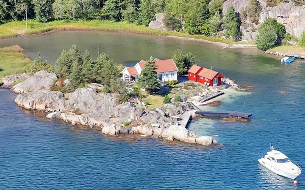 SOLGT: Finansmann Arne Vannebo har solgt denne sørlandsperlen, etter pris-rabatt.
