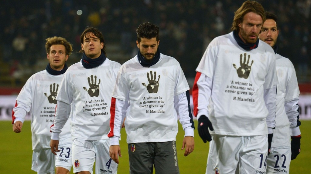 Bologna-spillere avbildet i forbindelse med en Serie A-kamp mot Juventus i 2013.
