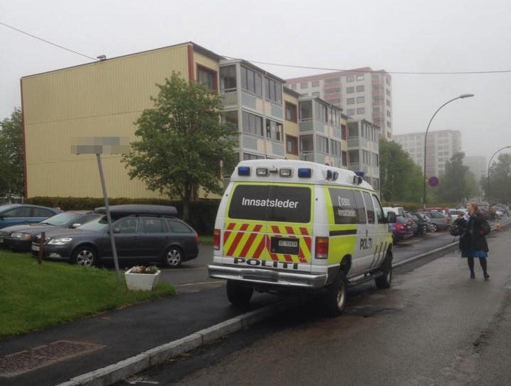 Politiet har startet etterforskning etter at en kvinne ble funnet død på Rødtvet.