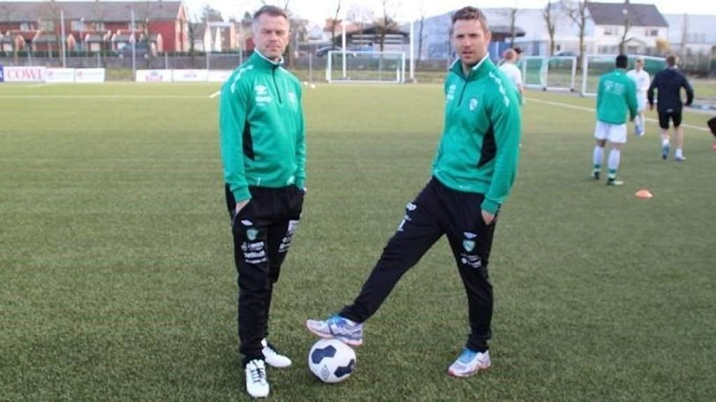 NORGES BESTE MANAGERTEAM: Klepp-trenerne Tallak Nærland og Runar Andersen (til høyre) gjorde det svært godt i 2014/15-sesongen av Fantasy Premier League.