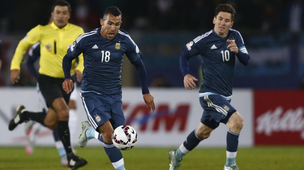 RETUR? Carlos Tevez skal være i samtaler med Boca Juniors, ifølge Sky Sports.