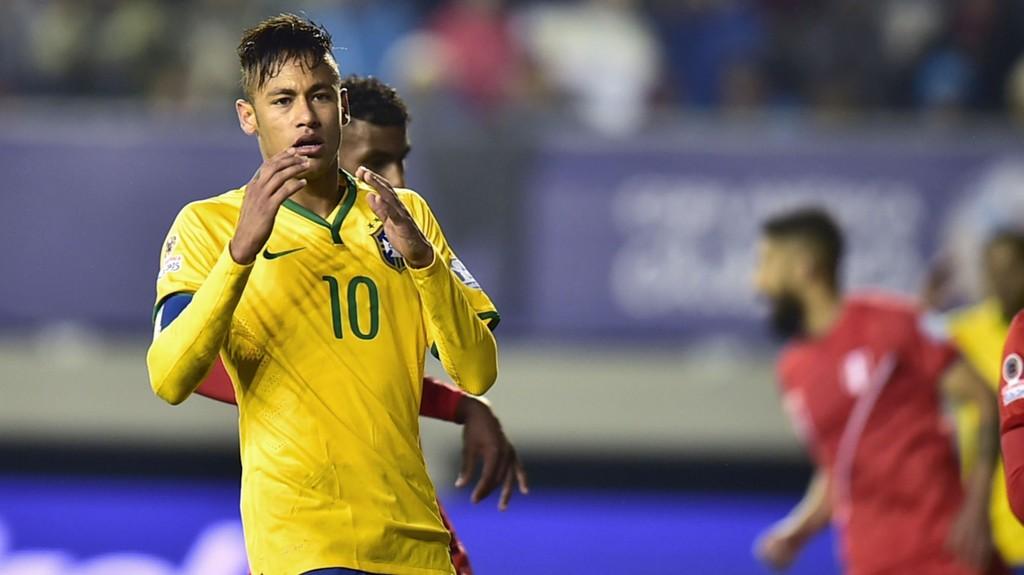 GRANSKES: Neymars overgang fra Santos til Barcelona er under etterforskning.
