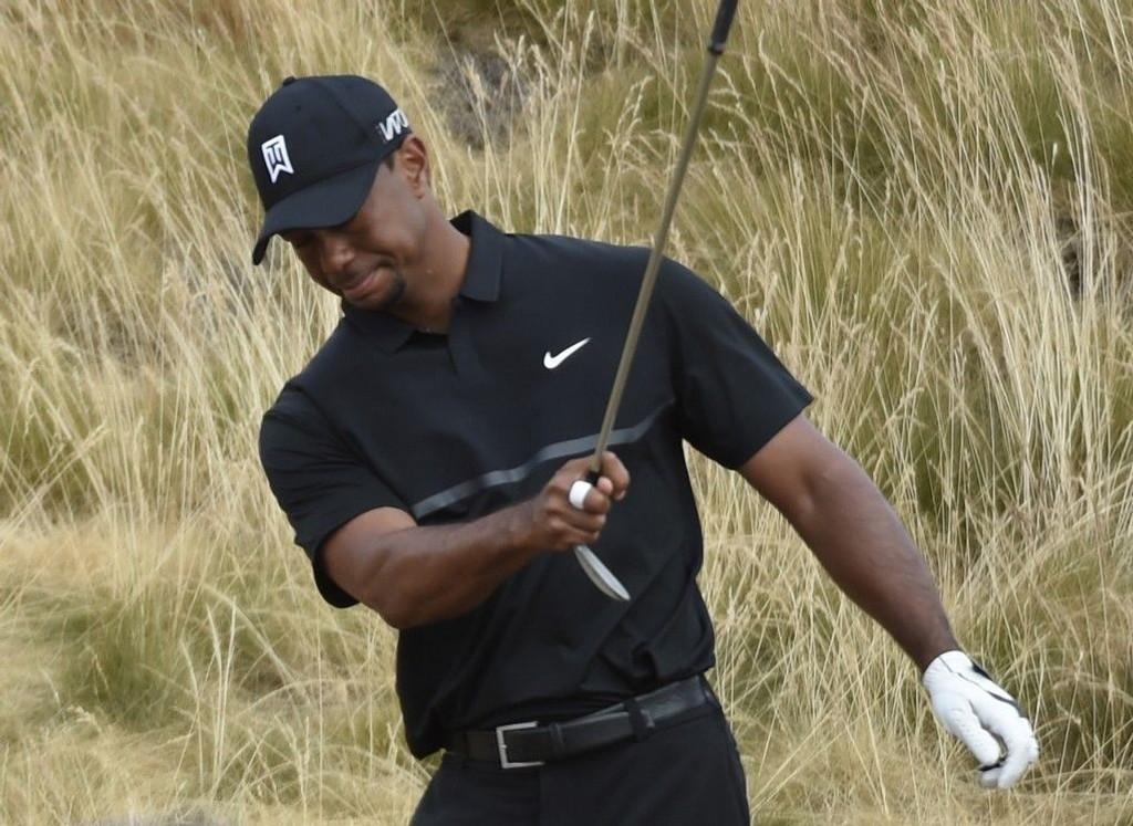 Tiger Woods måtte tåle en grusom åpningsrunde i US Open.