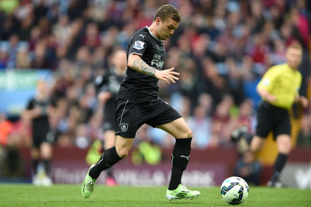 Kieran Trippier forlater Burnley til fordel for Tottenham Hotspur.