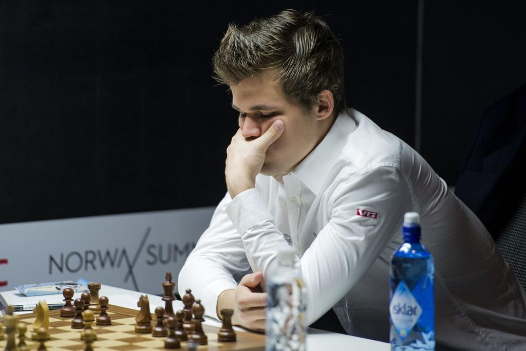 RISIKO: Magnus Carlsen spilte på høy risiko i partiet mot Maxime Vachier-Lagrave.