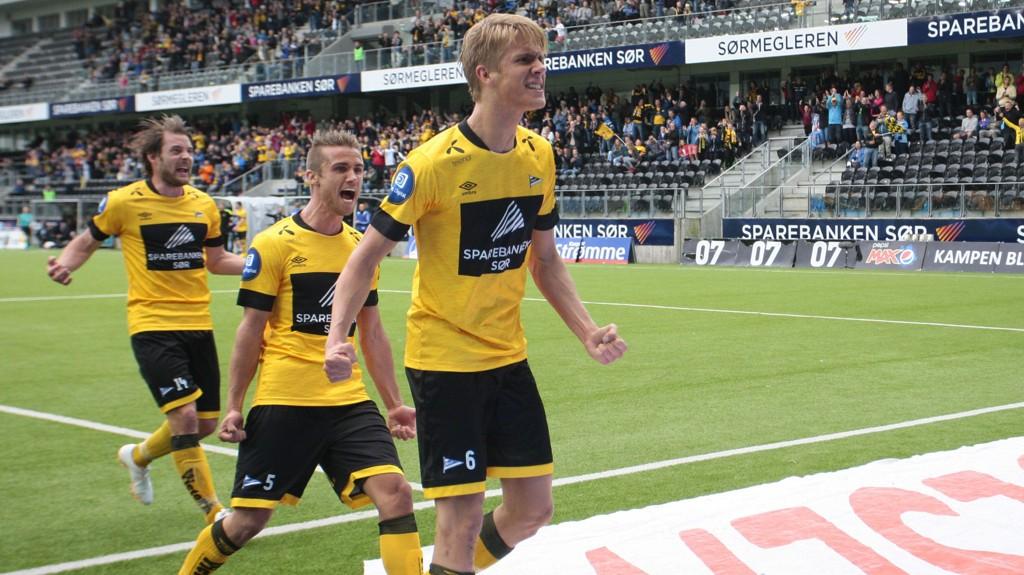 Formsterke Start og formspiller Kristoffer Ajer møter Tromsø borte søndag kveld.