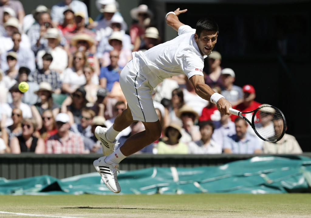 ONE, TWO, THREE: Novak Djokovic er blitt kongen av Wimbledon.