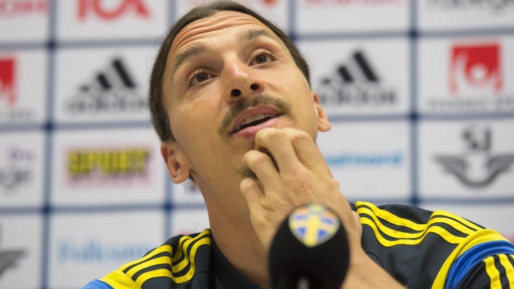 VURDERER ITALIA: Zlatan Ibrahimovic skal vurdere en mulig retur til AC Milan.