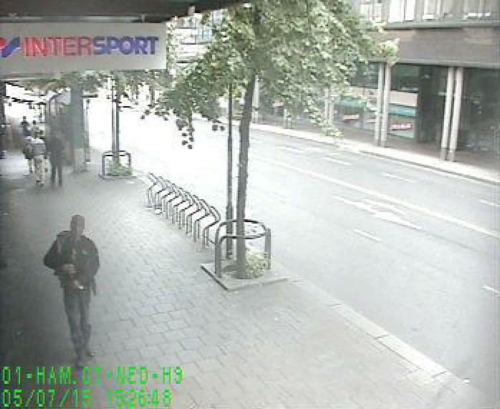 PÅGREPET: Denne mannen pekte med et tohåndsvåpen på personer i Oslo sentrum.