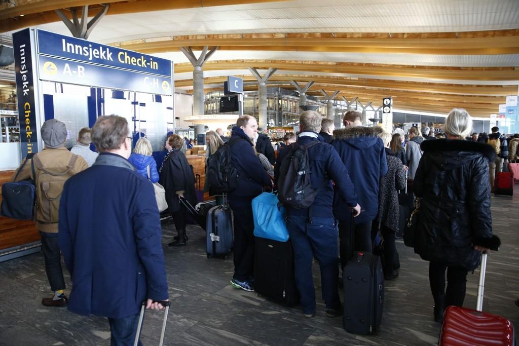 FÆRRE FLYR: Oslo Lufthavn hadde en nedgang på 0,2 prosent i juni.