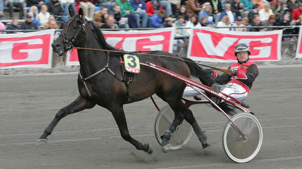 Roger Malmqvist kjører et par av favorittene på Visby torsdag.