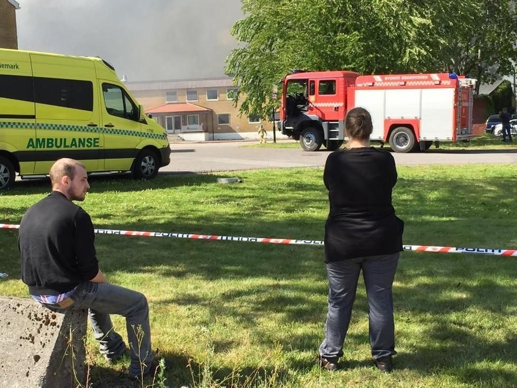 MISTET MYE: Alv-Morten Wold og moren Jeanette kan bare konstatere at familieminnene er gått opp i røyk.