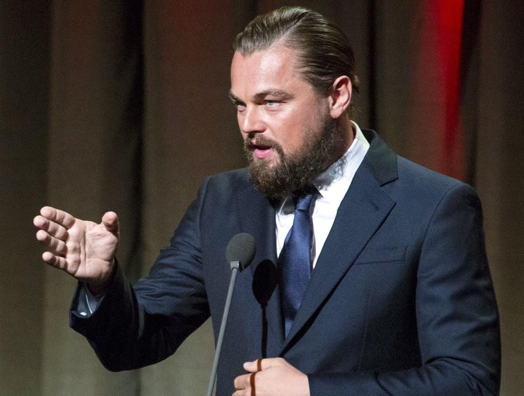 DYREFORKJEMPER: Leonardo DiCaprio har samlet enorme beløp til beskyttelse av jordas dyreliv. Her fra Clinton Global Citizen Awards-middagen i New York i fjor. Foto: AP
