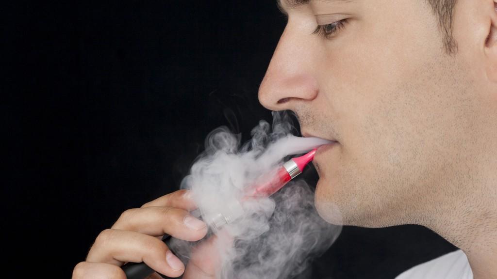 E-sigaretter går en usikker framtid i møte, tror leverandørene.