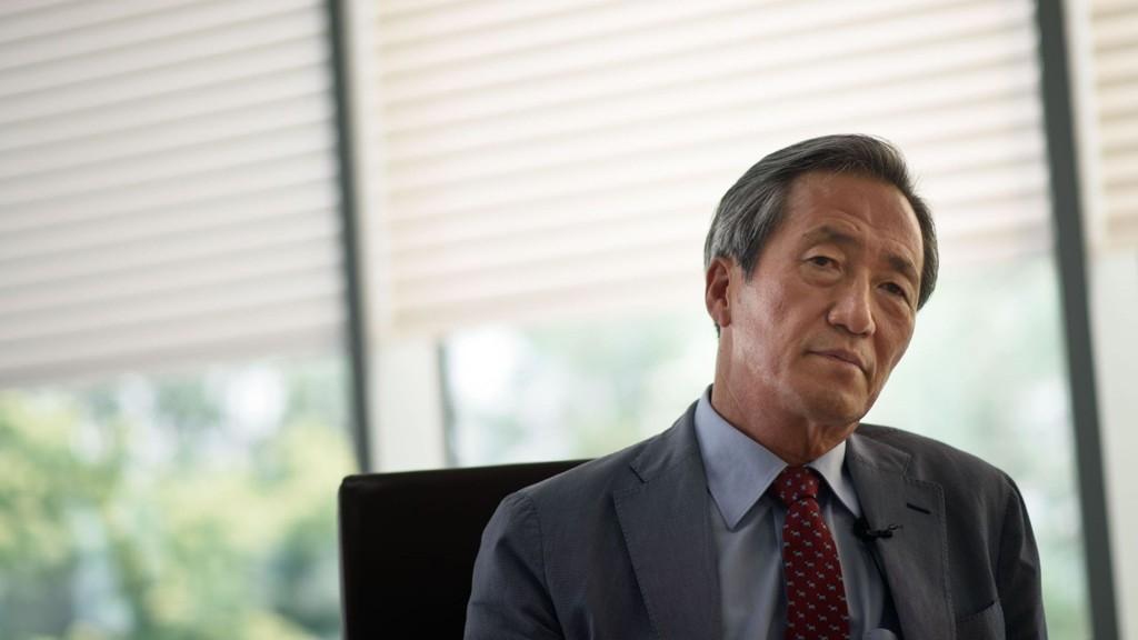 VIL BLI FIFA-PRESIDENT: Den sørkoreanske forretningsmannen Chung Moon-joon (61) vil overta for Sepp Blatter som president i FIFA.