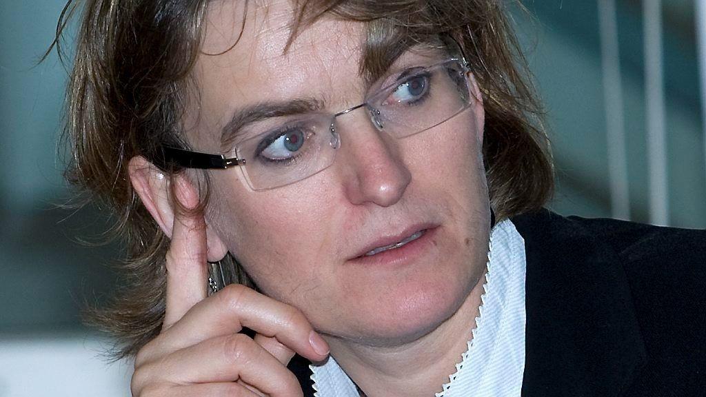 Ellen Hambro, direktør for Miljødirektoratet, håper pengene som er delt ut, vil føre til flere rene strender og økt engasjement og kunnskap om marin forsøpling.