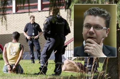Frps Ulf Isak Leirstein mener straffen til asylsøkerne ved asylmottaket i Lunner må være i samsvar med lovbruddet.