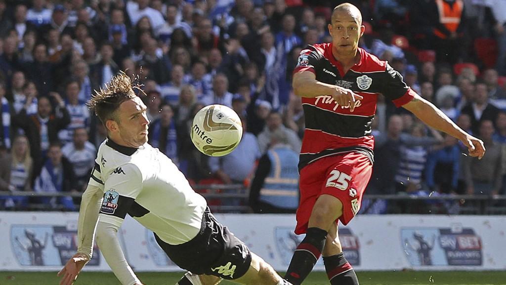 Brighton håper at Bobby Zamora skal være i samme scoringsform som da han forlot klubben i 2003.