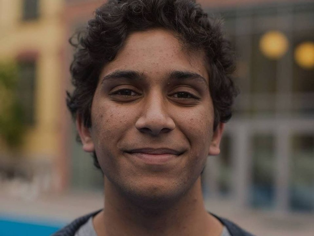 Leder av Elevorganisasjonen i Oslo, Rahman Chaudhry, vil ha fleksitid for elevene i de videregående skolene.