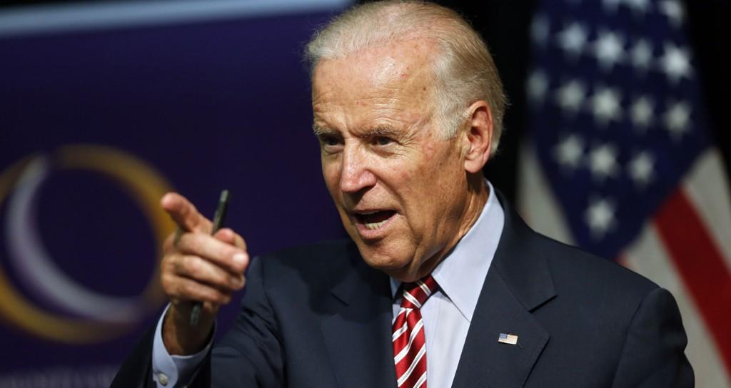 BEDT OM Å STILLE: Sønnen Beau skal ha oppfordret Joe Biden til å stille som kandidat for demokratene i presidentvalget.