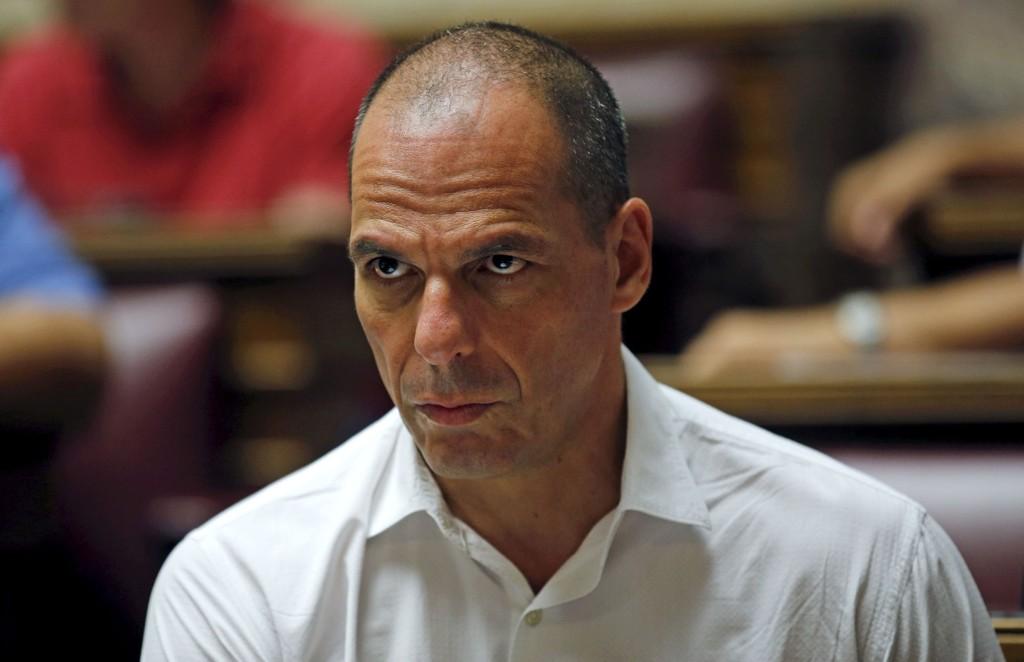 En telefonsamtale mellom tidligere finansminister Yanis Varoufakis og investorer i London ble lekket for noen uker siden. Opptaket avslørte planen om å vurdere innføringen av et parallelt elektronisk betalingssystem.