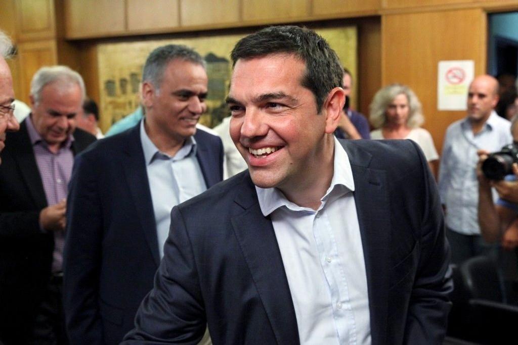 En glad gresk statsminister Alexis Tsipras.