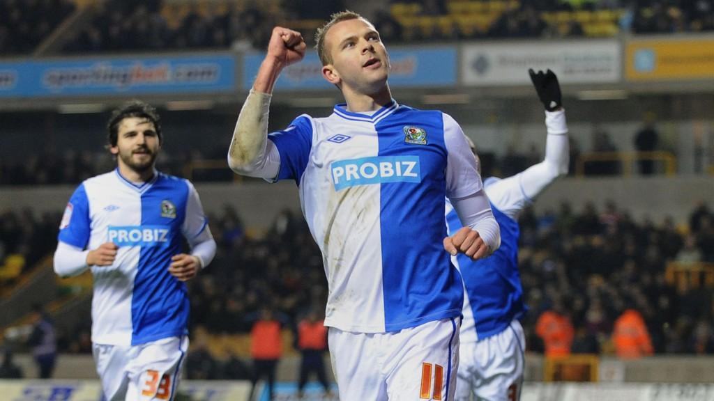 Jordan Rhodes og Blackburn fikk ingen god start på Championship-sesongen. I kveld er det første runde i ligacupen.