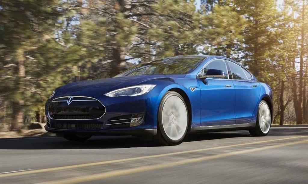Tesla Model S, en av de mest solgte bilene i Norge.