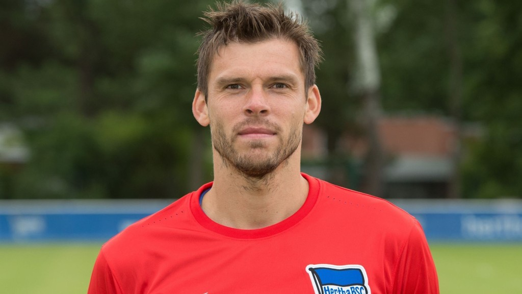 MOTIVERT: Rune Jarstein er motivert for å spille fotball, men sliter med spilletid. FOTO: NTB scanpix