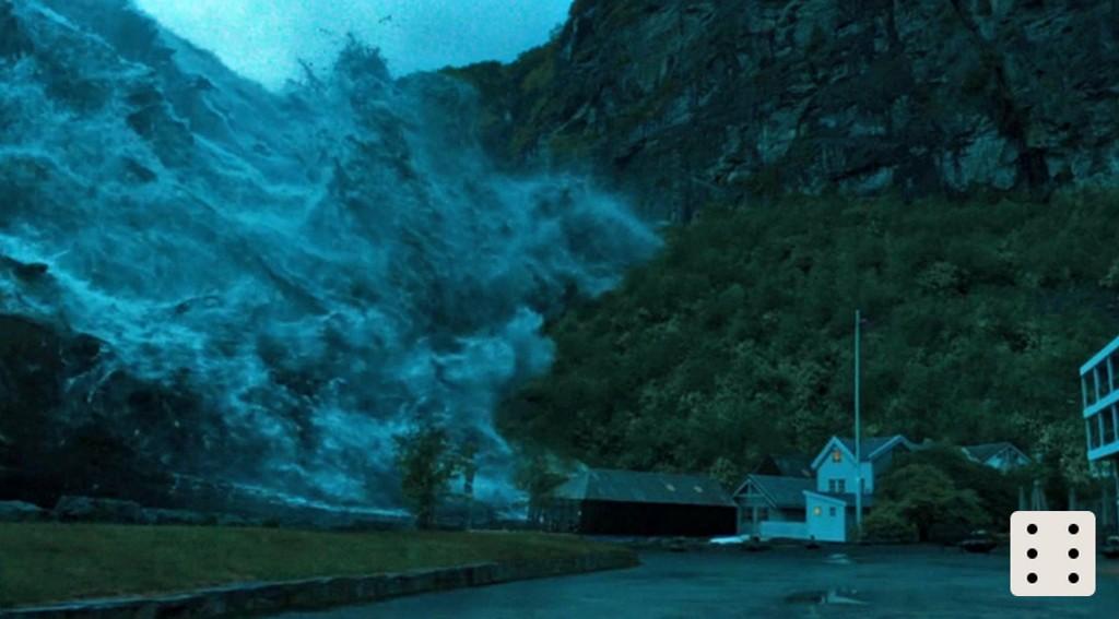 SLIK SER DET UT i Bølgen når flodbølgen når Geiranger.