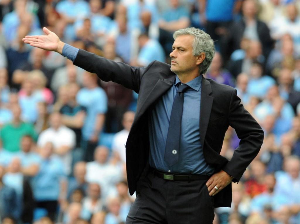 FYKEN: José Mourinho kan få sparken i Chelsea.