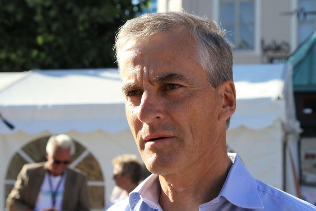 SPENT: Ap-leder Jonas Gahr Støre må konstatere nok en meningsmåling med markant nedgang. Frp kan juble.