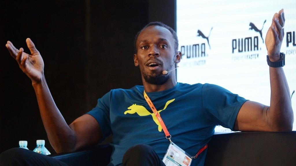 KLAR FOR VM: Usain Bolt er klar for VM, men er lei all praten om doping.