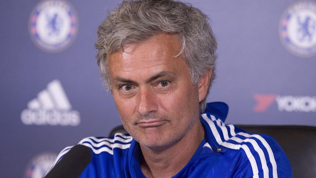 JEVNT: José Mourinho mener alle lag vil avgi poeng i løpet av en Premier League-sesong, og at Chelsea ikke er avhengig av en god start.