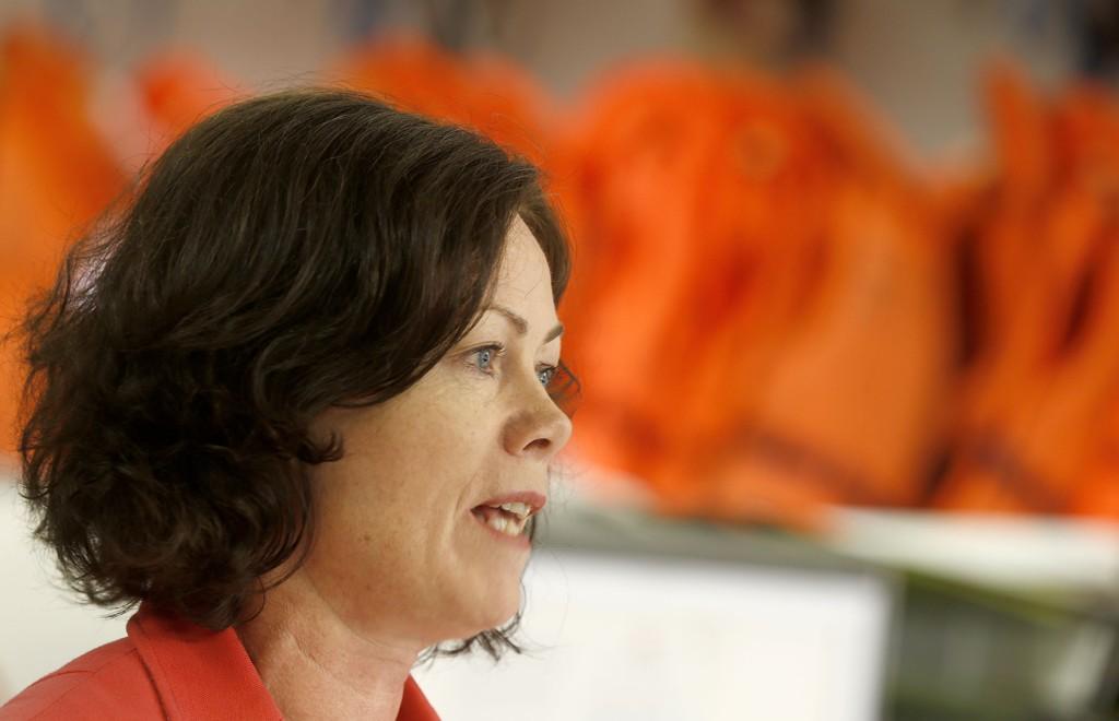 Inkluderingsminister Solveig Horne (Frp) har ansvaret for å få kommunene til å bosette flyktninger som har fått opphold i Norge.